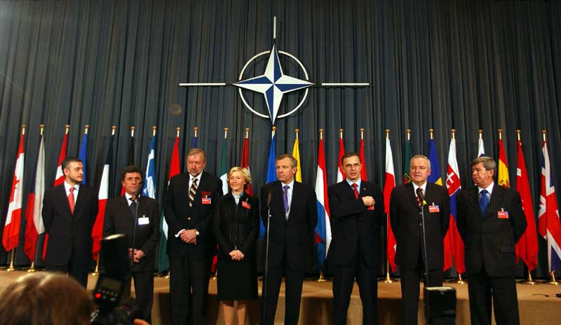 """New Europe"" is back, asking for new NATO enlargements"