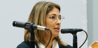 Naomi Klein on Sanders and Clinton