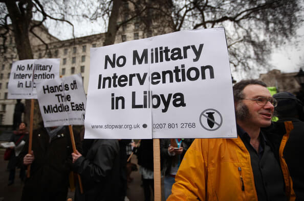 Western countries prepare a military intervention in Libya