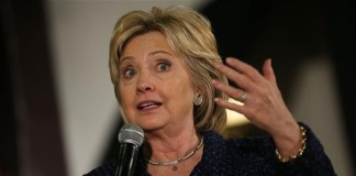 Clinton urges new sanctions against Iran