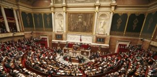 French deputies ask for lifting of sanctions to Russia