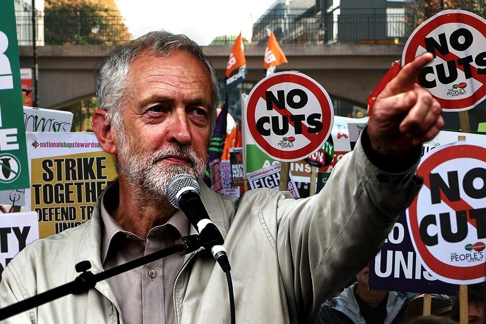 Britain: Blairite attacks backfire as Corbyn's popularity increases