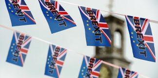 Chevènement: Sortons du déni de démocratie en Europe