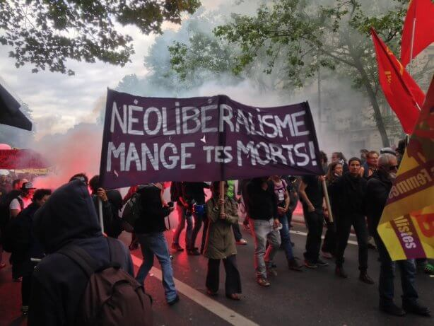 France hit by power cuts, strikes & clashes with police as labor law protests deepen