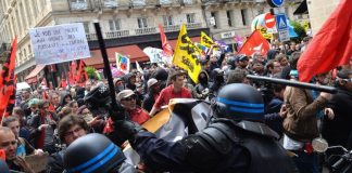 France is protesting against Europe