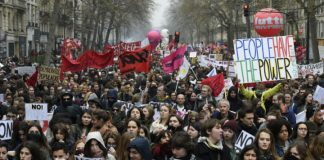 Hundreds of thousands march in new protest against French labour law