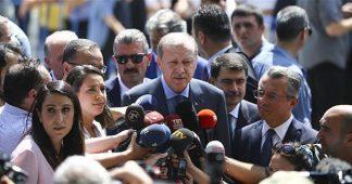 Erdoğan tells Turks in Germany not to vote for 'Turkey's enemies' Merkel, Schulz, Greens