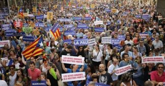 Barcelona: Half-a-million march for tolerance and solidarity, amid contested responses to terror