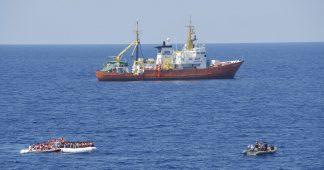 Dix jours à bord de l'Aquarius, un bateau qui sauve les migrants au large de l'enfer libyen