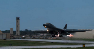 US bombers fly over Korean Peninsula in 1st night joint training drills