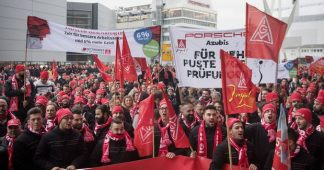 German workers strike for right to two-year, 28-hour working week