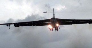 US Diverts Bombers From Korean Peninsula After DPRK Threat to Kill Summit