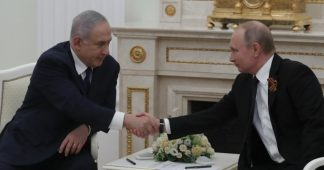 Putin Backs Off Giving Syria S-300 Systems After Netanyahu Meeting