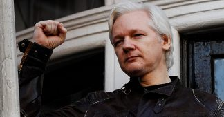 US Lawmakers Ask Ecuador President to Turn Over 'Global Security Threat' Assange