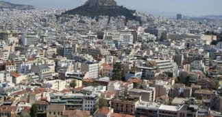 Chinese investors line up to take advantage of cheap Greek real estate