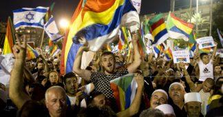 90,000 Druze protest against Israel's nation state law in Tel Aviv