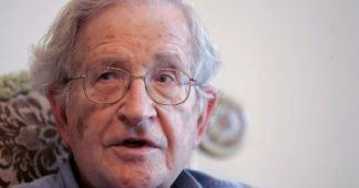 Noam Chomsky Slams Israeli Interference in U.S. Politics as Far Greater Than Russian