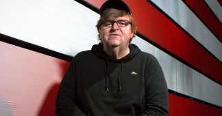 Michael Moore and Keith Olbermann Call for Texas to Go Un-Vaccinated