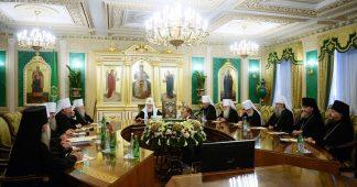 Biggest split in modern Orthodox history: Russian Orthodox Church breaks ties with Constantinople