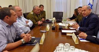 Crisis in Israel: Generals stop war-maniac Lieberman!