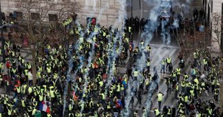 Paris 'yellow vest' protests – live updates