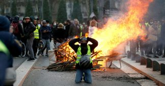 Macron turns to repression!
