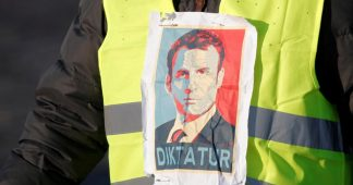 French Prime Minister proposes government registry of demonstrators