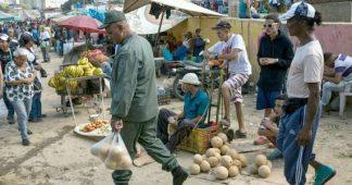 U.S. media ignore—and applaud—economic war on Venezuela