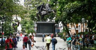 En direct du Venezuela : La mayonnaise Guaido ne prend pas