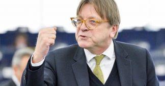 Agressivité contre le gouvernement italien : Verhofstadt se surpasse