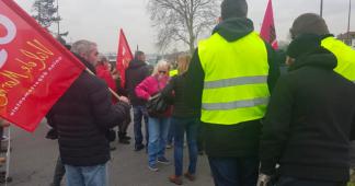 «Gilets jaunes» d'Ile-de-France: «Les quartiers populaires sont là»