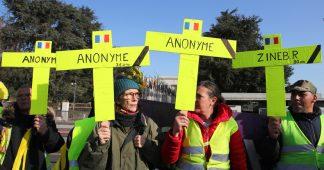 Acte 15 : la visite de Macron au Salon de l'agriculture perturbée par des Gilets jaunes (EN CONTINU)