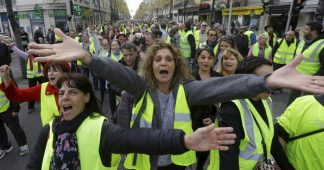 Six months after it begins, the oligarchs/Macron versus Gilets Jaunes battle is still raging and will keep on