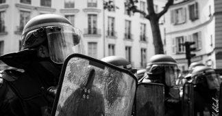 Gilets jaunes : le pays des droits de l'homme en pleine dérive autoritaire