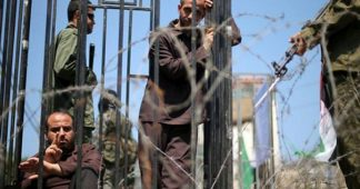 Hundreds of Palestinian political prisoner held by Israel join hunger strike