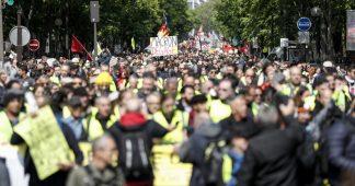 Acte 24: après les annonces de Macron, les Gilets jaunes de nouveau dans la rue (LIVE)