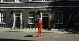 Calls for general election intensify as May sets leaving date