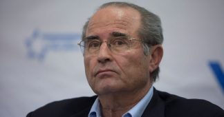 Former Mossad Chief Calls Netanyahu Voters 'Mindless'