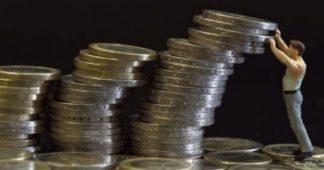 Dix ans après la crise financière, craintes d'un nouveau choc