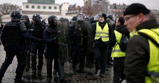 Atteintes au droit de manifester des Gilets Jaunes, appel à témoignage
