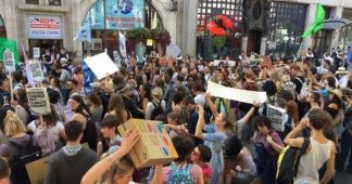 Amazon: Protests Around the World Against Bolsonaro's Inaction