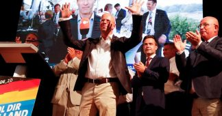Back to the Past in Germany: Radical Right wins, Radical Left looses