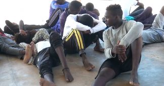 """We're in a Crisis of Deaths"": Migrant Death Toll Tops 900 in Mediterranean as 40 Die Off Libya"