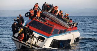Already destroyed by Germany, EU and the IMF: Greece cannot handle a new wave of refugees