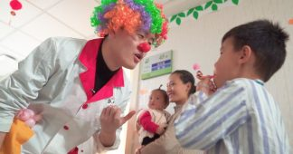 Trust me, I'm a clown doctor: young Chinese patients are getting a taste of Western 'alternative medicine'