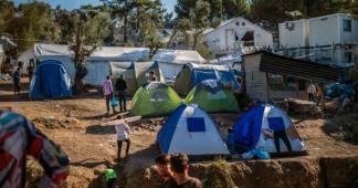 Insalubrité, manque de nourriture, violences : le calvaire des enfants du camp de réfugiés de Lesbos