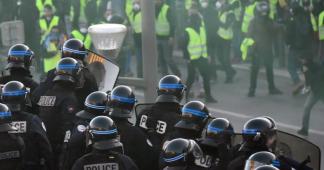 """""""Gilets jaunes"""" : """"Plus rien ne sera comme avant"""" entre les policiers et la population, regrette un commissaire"""