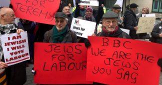 Jewish Labour supporters protest against BBC bias