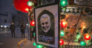 Facebook censors explainer clip recalling when western media liked Soleimani – and demonetizes popular account for sharing it