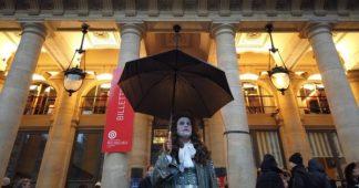 Happening de membres de la Comédie-Française et de l'Opéra de Paris contre la réforme des retraites